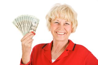 Boomer woman with money